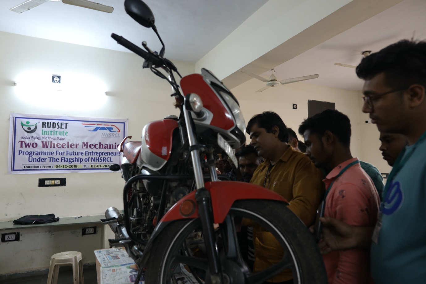 Two Wheeler mechanic training in Kheda (Gujarat)