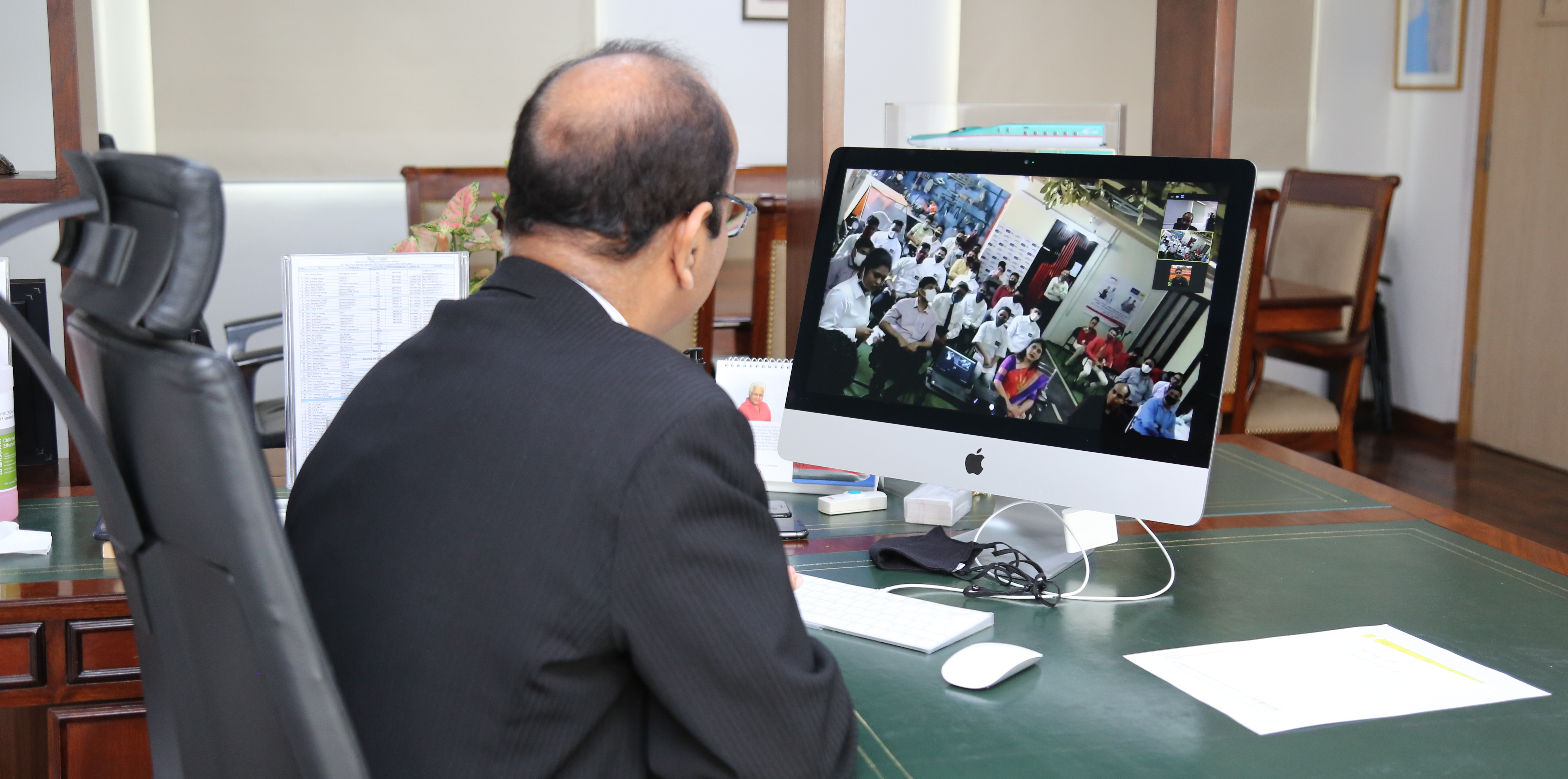 NHSRCL MD Shri Achal Khare addressing the certificate distribution ceremony through video conferencing